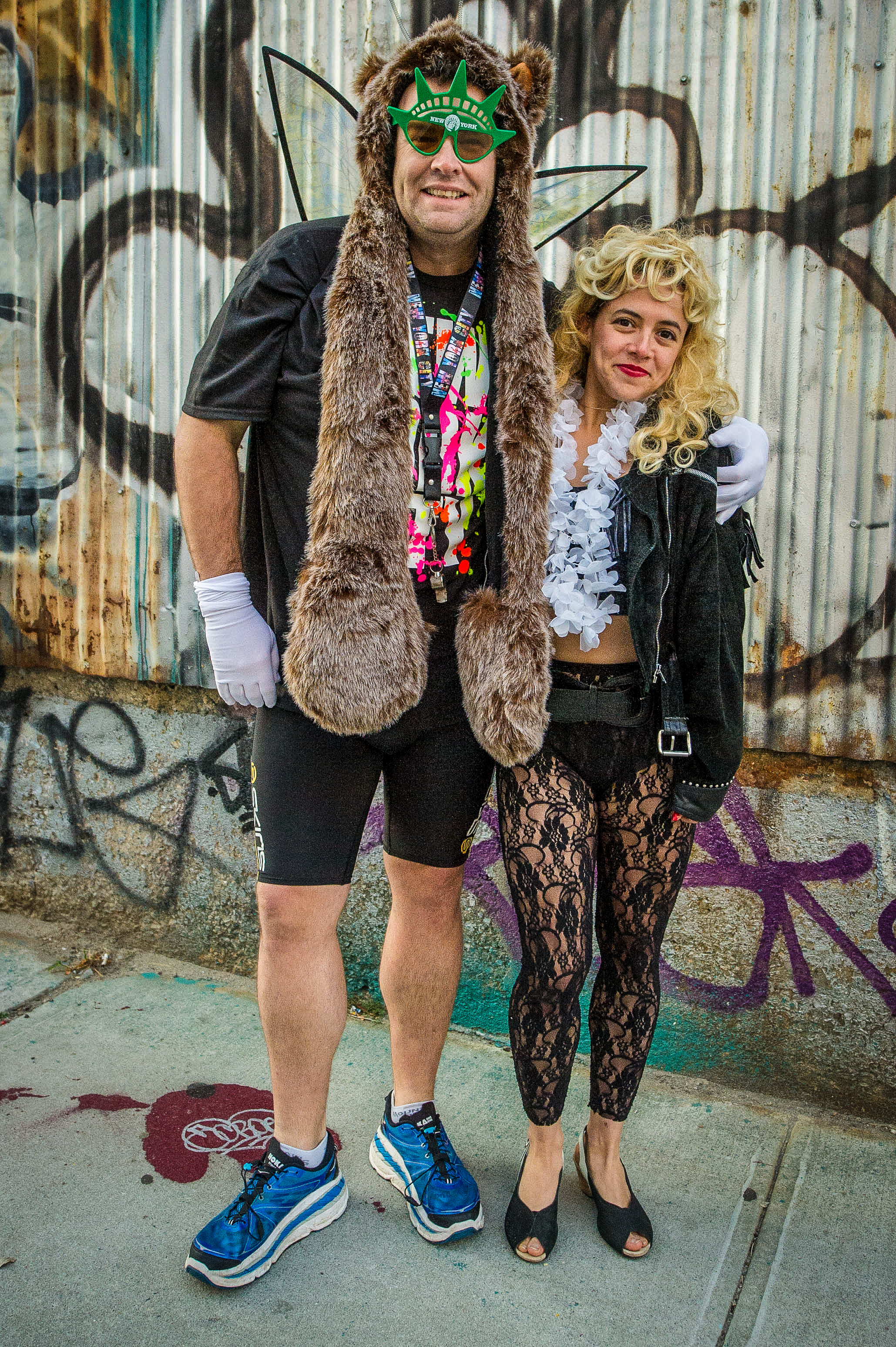 GWMM Gus and rave girl in NY-0164